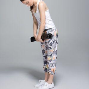 LULULEMON OM Pant, loose fit size 2